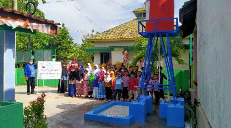 طلبة جامعة دبي يساهمون في أعمال خيرية في جمهورية اندونيسيا