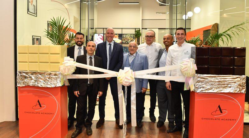 باري كاليبو تفتتح أكاديمية الشوكولاتة في دبي